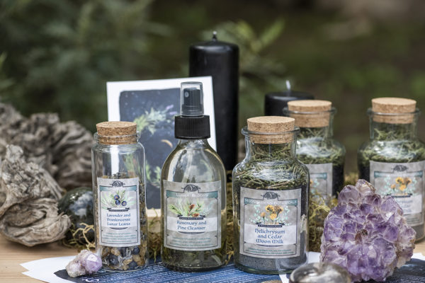 EarthSpirit Healing Bronwyn Mulrooney South Africa New Moon Ritual Box ( (10)